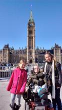Amy et ses enfants Elli et Émile.
