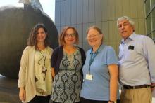 Dre Aisling O'Gorman, Sue Gennerelli, Dre Margaret Berry et Dr Gary Pekeles (absent de la photo : Dr Kent Saylor).